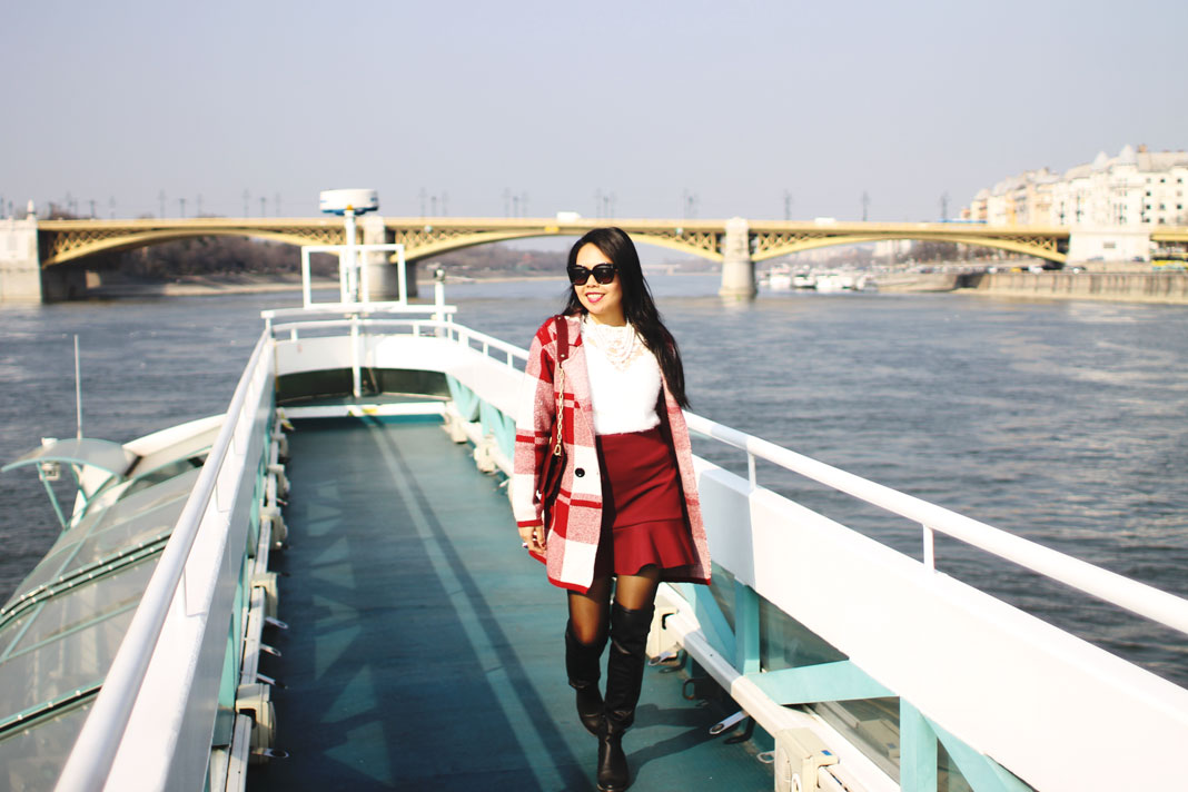 Styleat30 Fashion + Travel Blog - Legenda Sightseeing Boats Budapest - 11