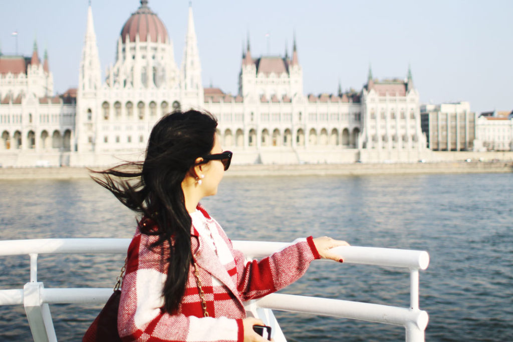 Styleat30 Fashion + Travel Blog - Legenda Sightseeing Boats Budapest - 17